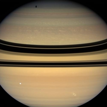 Saturno visto por Cassini