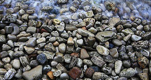 agua en las rocas